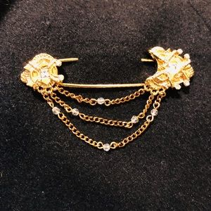 Elegant St John pin brooch with white crystals